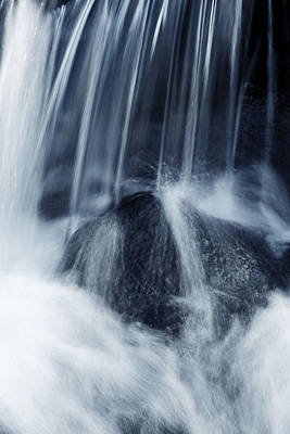 Abstract Movement Photograph - Waterfall by Les Cunliffe
