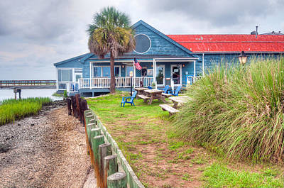 11th Green Photograph - 11th Street Dockside Restaurant by Scott Hansen