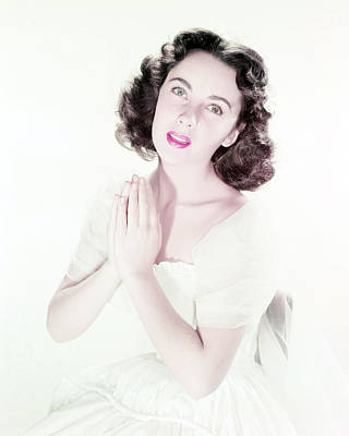 Photograph - Elizabeth Taylor by Silver Screen