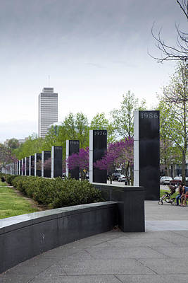 Bicentennial Capital Mall Park Photograph - Nashville by Karen Cowled