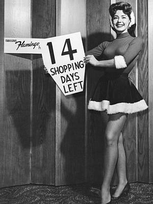 14 Shopping Days Til Christmas Print by Underwood Archives