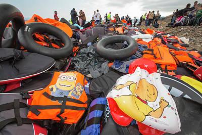 Syrian Refugees Arriving On Greek Island Art Print