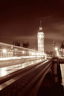 Fine Dining - House of Parliament  by Songquan Deng