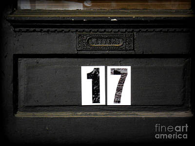 Photograph - 17 Letter Box by Valerie Reeves