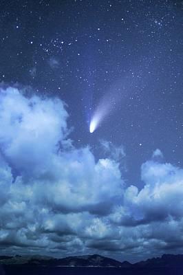 Hale-bopp Comet Photograph - Comet Hale-bopp by Detlev Van Ravenswaay