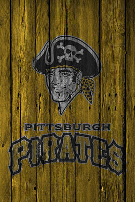 Photograph - Pittsburgh Pirates by Joe Hamilton