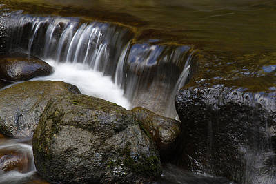Waterfall Art Print by Les Cunliffe