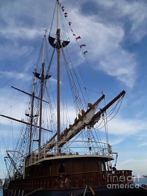 1812 Tall Ships Peacemaker Art Print