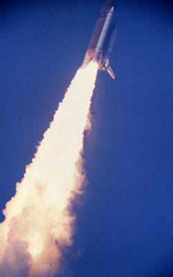Space Shuttle Challenger  Art Print