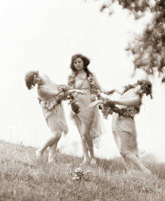 Isadora Duncan Photograph - 1900s 1920s Three Modern Dancers by Vintage Images