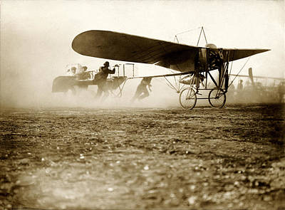 Photograph - 1910 Early Flight by Historic Image