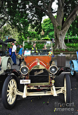 Photograph - 1910 Hupmobile by Kaye Menner