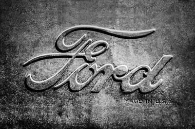 1912 Photograph - 1912 Ford Hood Ornament - Emblem -0496bw2 by Jill Reger