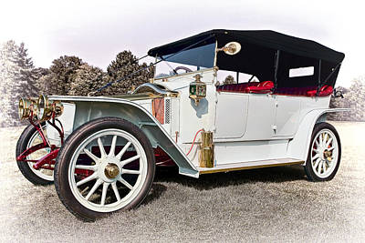 Wood Photograph - 1913 Renault by Marcia Colelli