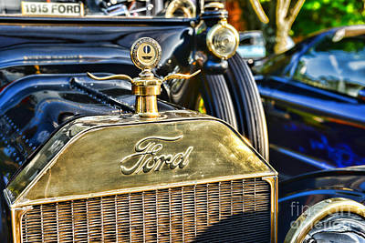 Antique Automobiles Photograph - 1915 Ford Brass Grill by Paul Ward