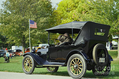 Photograph - 1916 Dodge Brothers Car by Luther Fine Art