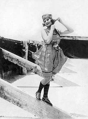 Movie Star Photograph - 1917 Bathing Suit Fashion by Underwood Archives