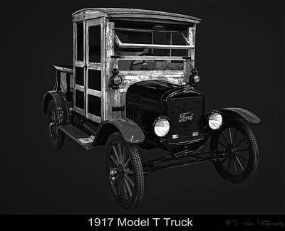 Photograph - 1917 Model T Truck by Chris Flees