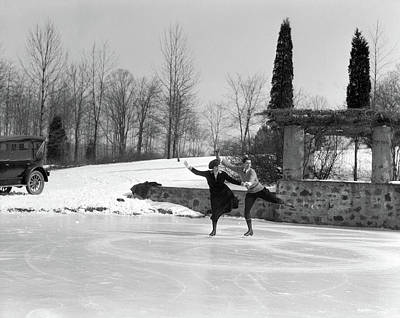 Figure Skater Photograph - 1920s Couple Man Woman Ice Skating by Vintage Images