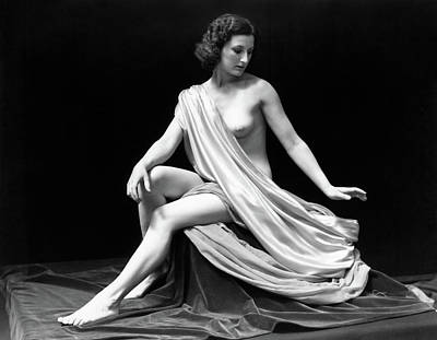 Black And White Studio Nude Photograph - 1920s Nude Woman Model Sitting by Vintage Images