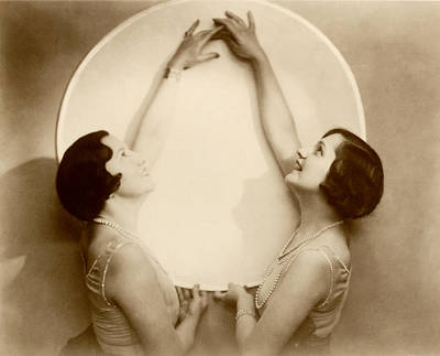 Photograph - 1925 Art Deco Porcelain Plate by Historic Image
