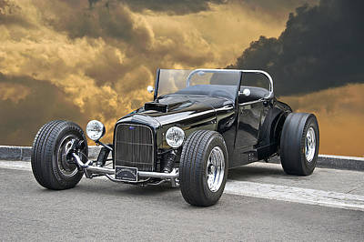 1-war Is Hell Royalty Free Images - 1927 Ford Roadster Royalty-Free Image by Dave Koontz