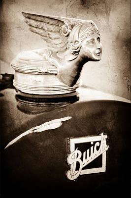 Buick Emblem Photograph - 1928 Buick Cutsom Speedster Hood Ornament - Emblem by Jill Reger