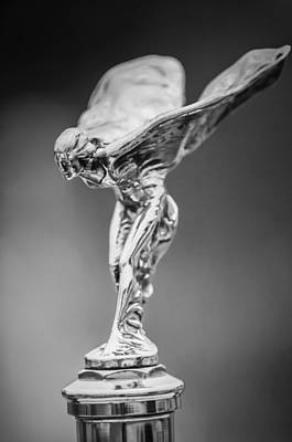 1928 Rolls-royce Phantom 1 Hood Ornament Black And White Art Print