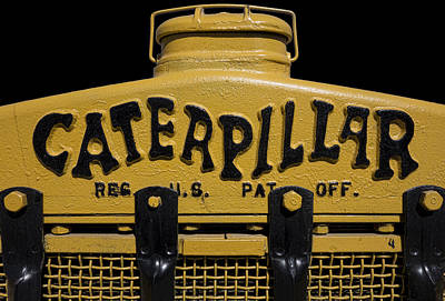 Old Tractors Photograph - 1929 Caterpillar Baby Dozer Grill by Daniel Hagerman
