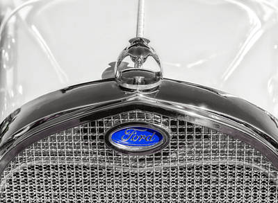 Photograph - 1929 Ford Model A Hood Ornament by Frank J Benz
