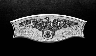 Photograph - 1930 Duesenberg Model J Lwb Dual Cowl Phaeton Emblem -2977bw by Jill Reger