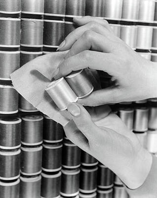 Old Time Spool Photograph - 1930s 1940s Hands Woman Matching Spool by Vintage Images
