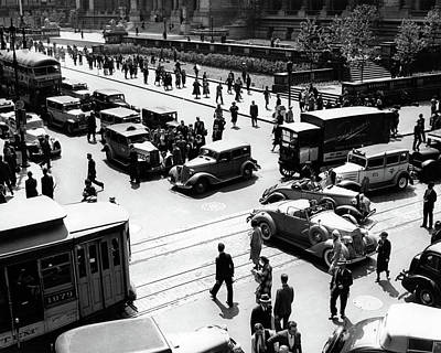 1930s Busy Intersection Fifth Avenue Art Print