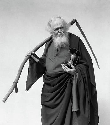 1930s Elderly White-bearded Man In Long Art Print