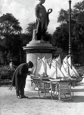 Garden Grown Photograph - 1930s Paris France Tuileries Gardens by Vintage Images