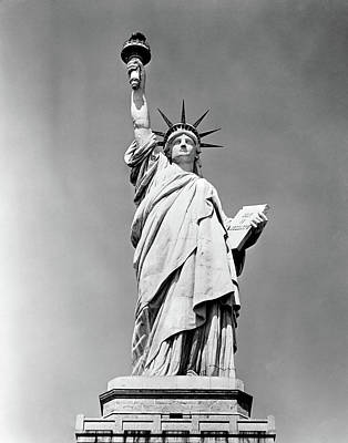 Ellis Island Photograph - 1930s Statue Of Liberty Ny Harbor Ellis by Vintage Images
