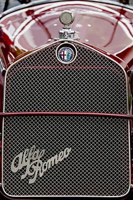 1931 Photograph - 1931 Alfa-romeo Grille Emblem by Jill Reger