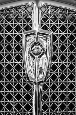 1931 Studebaker President Four Seasons Roadster Grille Emblem -1013bw Art Print by Jill Reger
