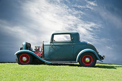 Street Rod Photograph - 1932 Ford Classic American Hot Rod by Dave Koontz