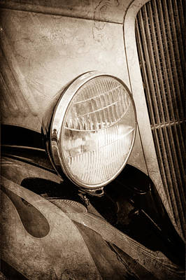 Classic Hot Rod Photograph - 1933 Ford Coupe Hot Rod by Jill Reger