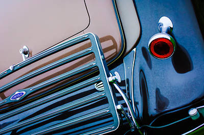 Photograph - 1933 Lincoln Kb Judkins Coupe Taillight Emblem by Jill Reger