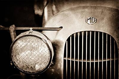 1934 Mg Pa Midget Supercharged Special Speedster Grille - Emblem Art Print