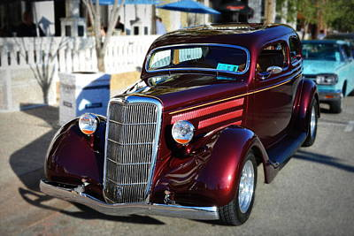 Photograph - 1935 Ford Sedan Classic by Glenn McCarthy