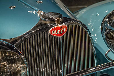 Photograph - 1938 Bugatti Type 57sc by Roger Mullenhour