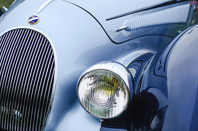 Headlight Photograph - 1938 Talbot-lago 150c Ss Figoni And Falaschi Cabriolet Headlight - Emblem by Jill Reger
