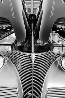 Photograph - 1939 Chevrolet Coupe Grille -115bw by Jill Reger