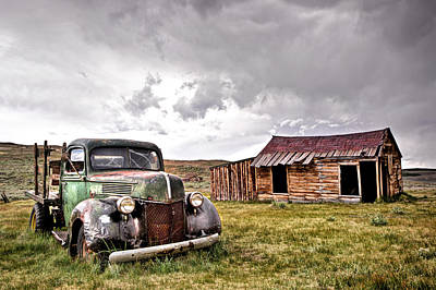 Town Lake Park Photograph - 1939 Ford Truck @ Bodie Ca by Chris Frost