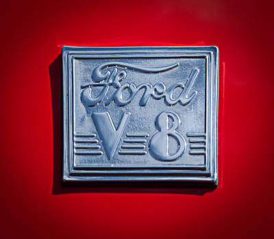 Ford V8 Photograph - 1940 Ford Coupe V8 Emblem by Jill Reger