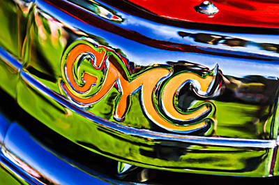 Antique Car Photograph - 1940 Gmc Pickup Truck Emblem by Jill Reger