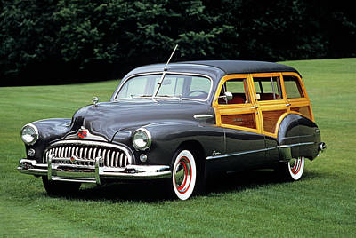 Old Woody Station Wagon Wall Art - Photograph - 1940s 1947 Buick Woody Roadmaster by Vintage Images